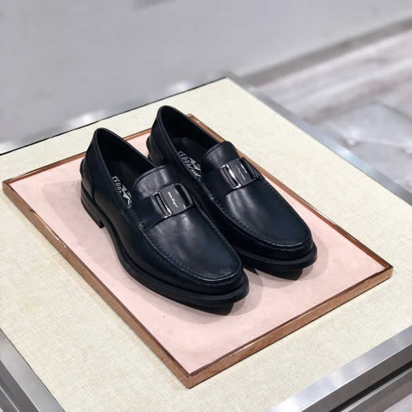 Ferragamo Leather Black Mens Shoes Casual Luxury Brand Men Loafers Fashion Breathable Driving Shoes