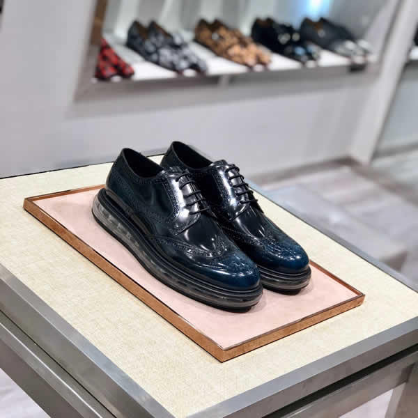 2020 Men Dress Shoes Handmade Prada Leather Wedding Shoes Men Flats Leather Oxfords Formal Shoes