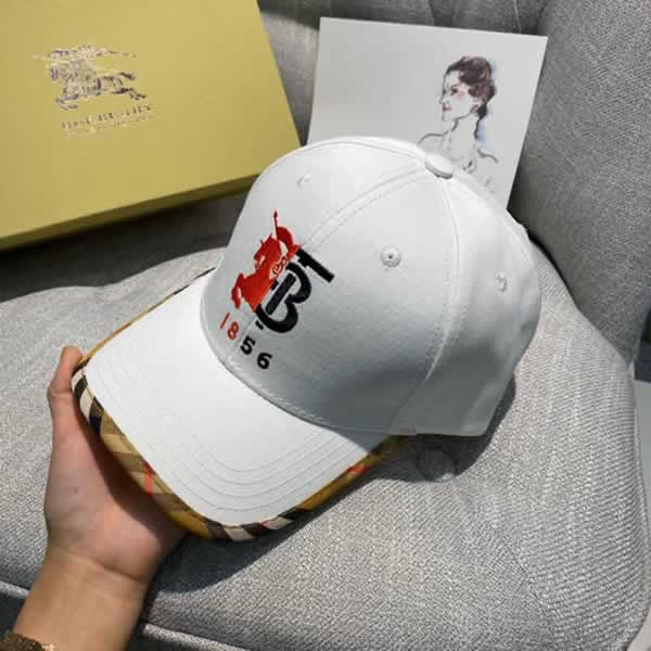 New Summer Burberry Baseball Mesh Caps Snapback Hat Fashionable Sports Hiphop Trucker Hat God Men Women Cap