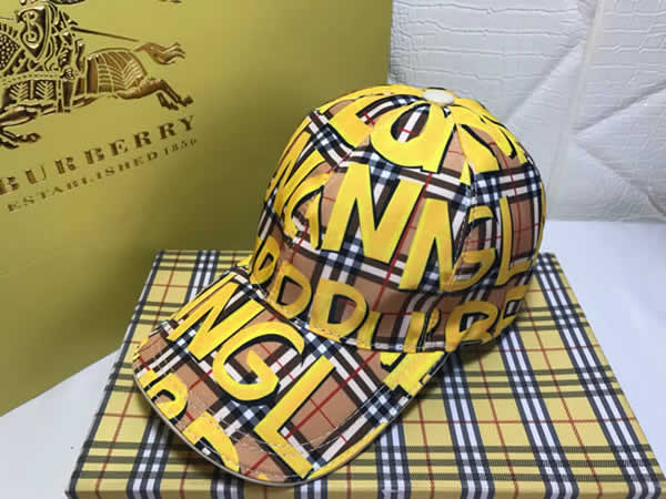 2020 New Summer Burberry Trucker Cap Snapback Hat Fashionable Hiphop Hat Men Women Baseball Cap