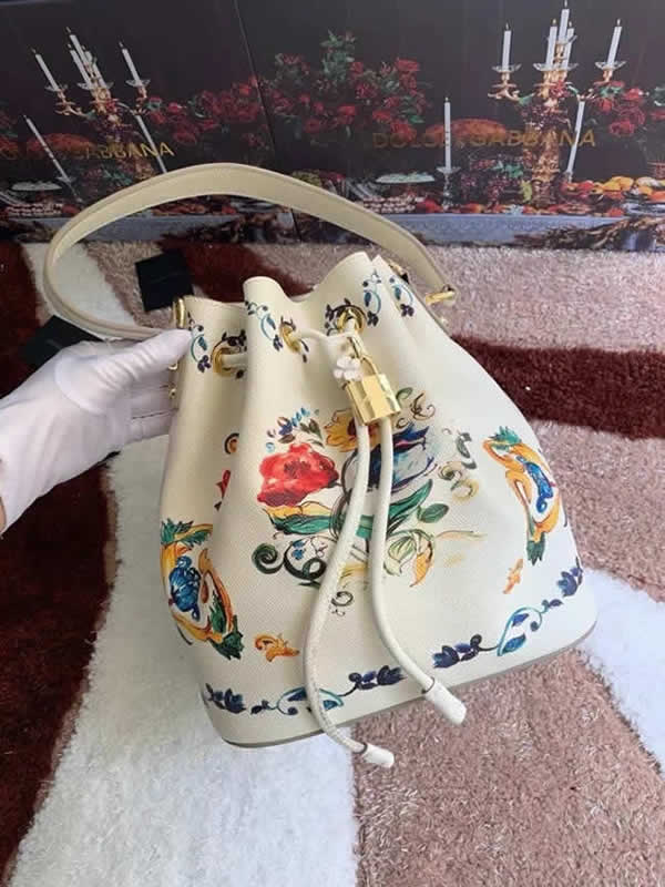 Replica New High Quality New Printing Dolce & Gabbana Crossbody Bucket Bag Outlet Online 03