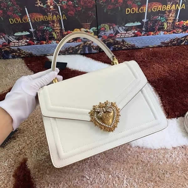 Wholesale Discount Fake Dolce & Gabbana High Quality White Hand Flip Bag